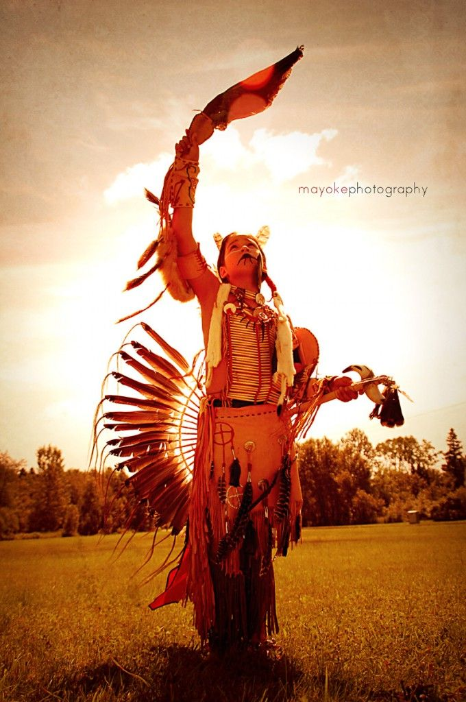 Danseur traditionnel Wendat ©Mayoke Photography - Blog Voyage Trace Ta Route http://www.trace-ta-route.com/amerindiens-entretien-avec-mayoke-photography-voyageuse-et-photographe-passionnee/ #Tracetaroute #Canada #indiens