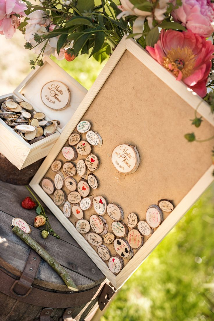 Wooden alternative wedding guest book will be a great fun for your guests.  Set includes birch slices 23f8915720