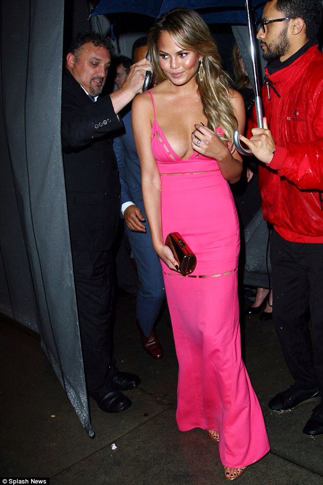 Chrissy Teigen at the Golden Globes Pre-Party 2015