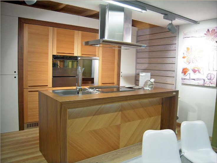 Parallel kitchen 4home pinterest kitchens and house for Parallel kitchen ideas