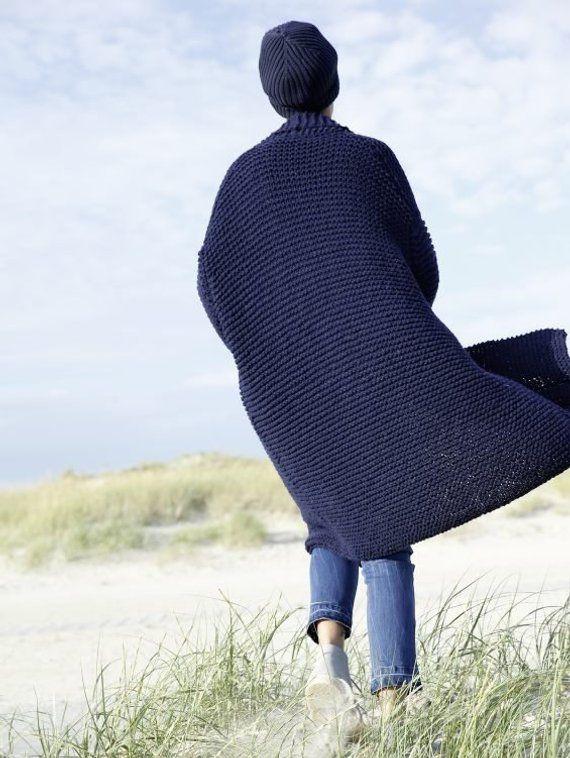 Oversize mantel stricken