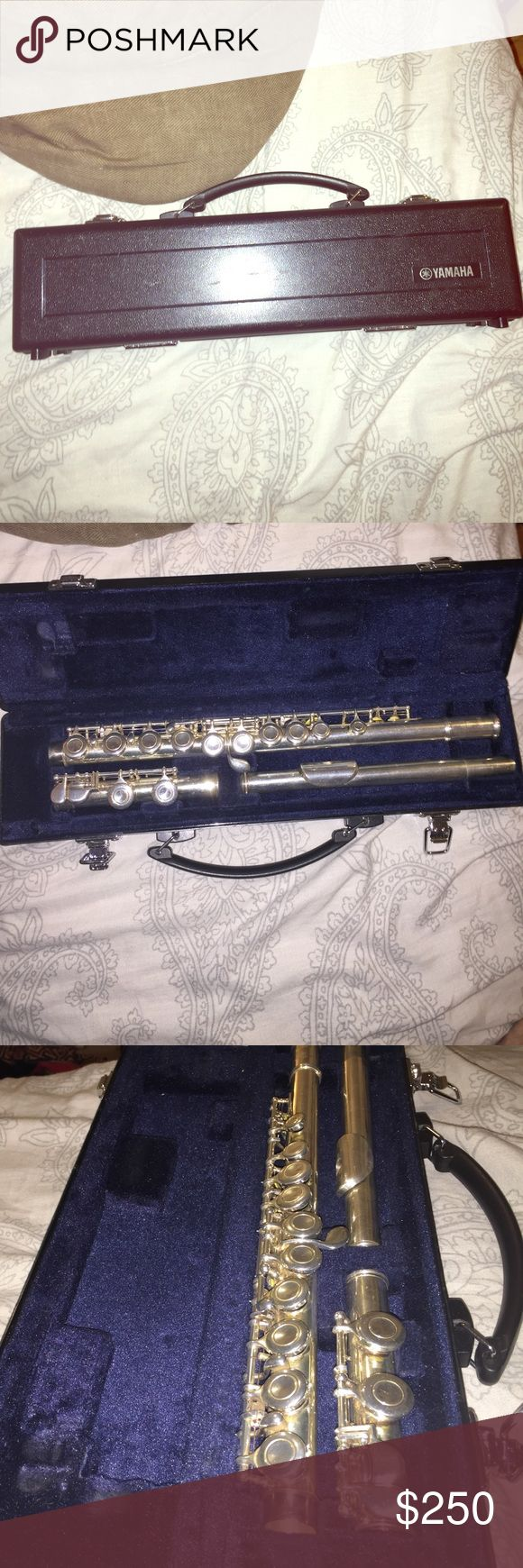 Yamaha flute + case! Played for two years in middle school band. Comes with the hard case. Contact me for more info/pictures about it!! Lowest to sell it for will be $250! (: Other
