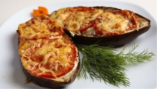 Vinete umplute cu legume si bacon si gratinate la cuptor - I tried without tomatoes, it was yummy!