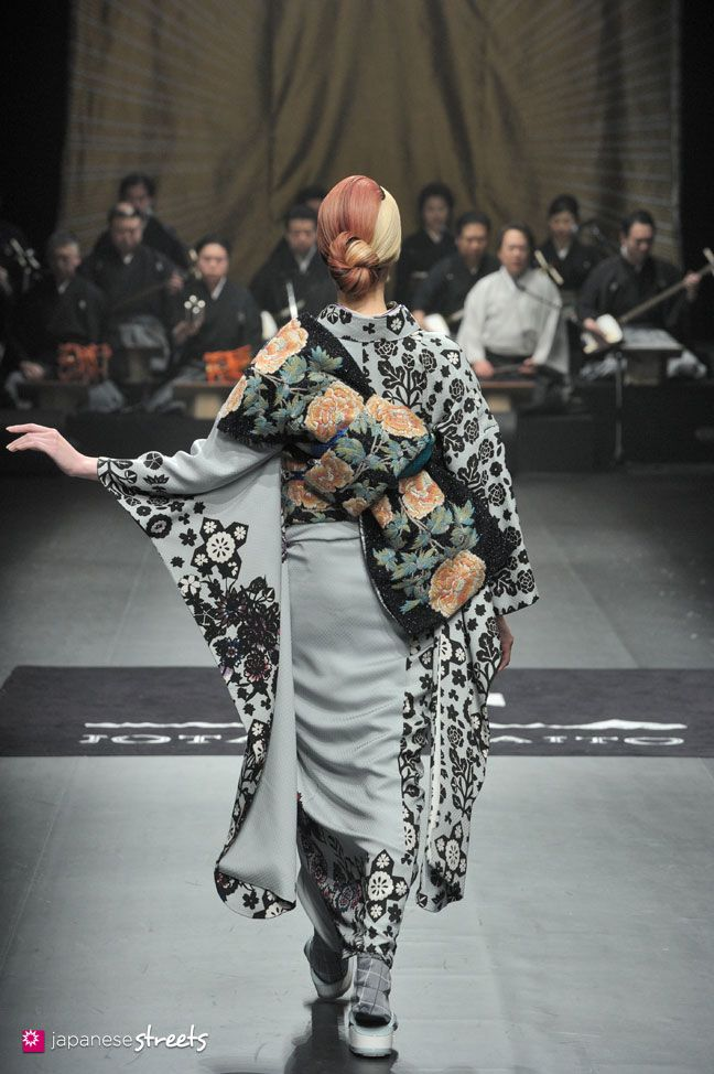 140319-7748 - Autumn/Winter 2014 Collection of Japanese fashion brand JOTARO SAITO on March 19, 2014, in Tokyo.