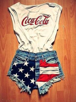 Who is up for a major DIY project before the big weekend? Lets go thrift shopping and hit the craft store for this cute and fun fourth of July outfit! Maybe pick up a cheap pair of white canvas shoes such as Keds or Vans and put some fireworks, Coca-Cola cans, or flags on them too?