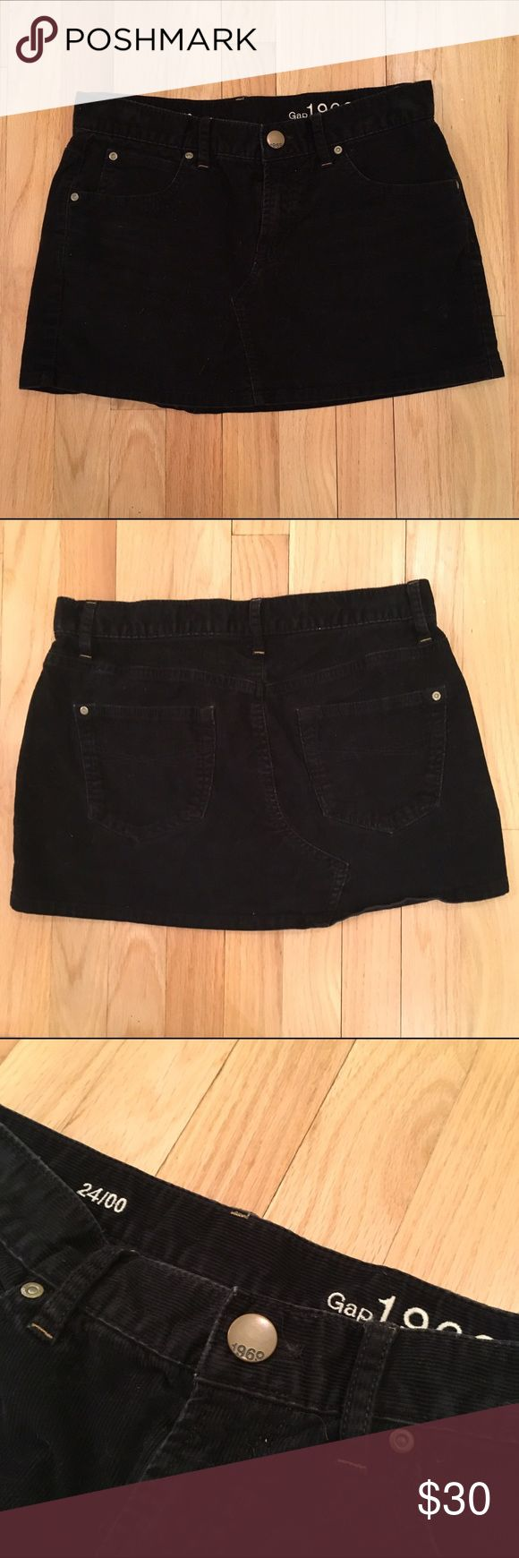 """Gap corduroy micro mini skirt -- Size 24/00 Adorable corduroy hip-slung micro mini skirt by Gap in black. Size 24/00. Sits low on hips. Total length 12"""". So cute with boots! GAP Skirts Mini"""