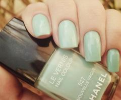 green: Chanel, Nail Polish, Style, Color, Makeup, Than, Nails, Beauty, Nail Art