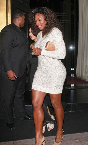 Serena+Williams+Stars+Vanity+Fair+pre+Oscar+wCwi_--vjATl.jpg 361×594 pixels