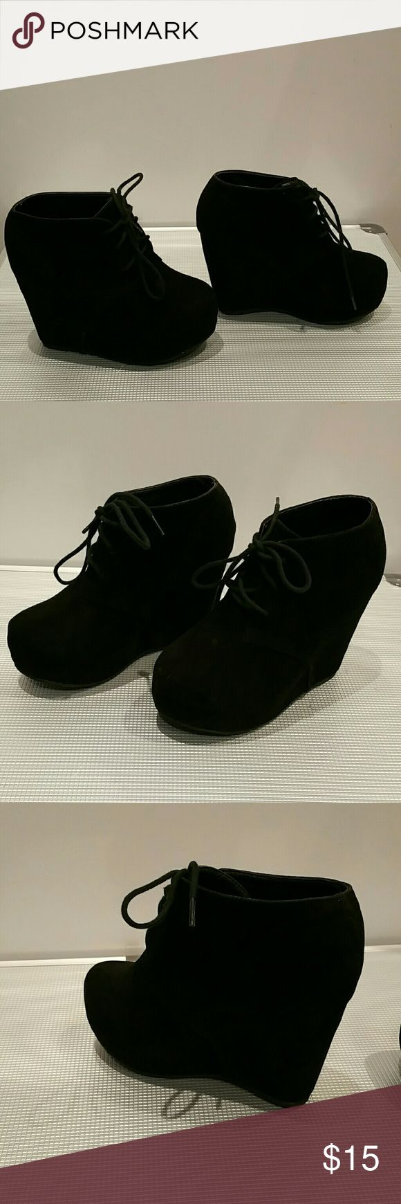 "Women's Black Suede Wedge Boots Women's suede round toe lace up platform wedge high heels  ankle boot. Heels: 4""  Pre-owned~good condition/few minor flaws/functional. No box included on shipment Beyond Shoes Lace Up Boots"