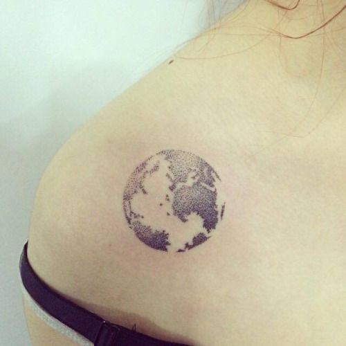 dotwork style planet earth on the right shoulder tattoo artist body art pinterest. Black Bedroom Furniture Sets. Home Design Ideas