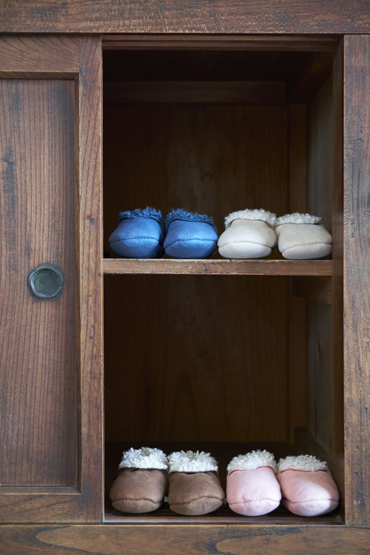 Our much loved lambskin booties, handmade in New Zealand. Soft and snugly and are fantastic at staying on little feet.