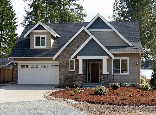 Best 20 craftsman cottage ideas on pinterest for Craftsman style lake house plans