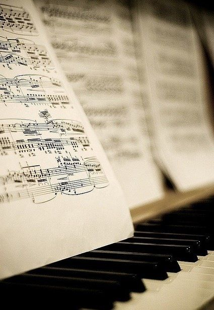 ♫♪ Music ♪♫ music note photography I love this! This is a great picture!