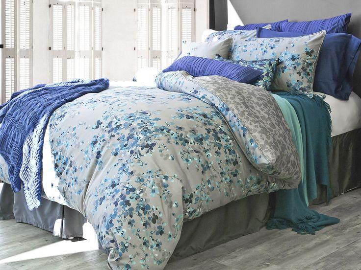Hycroft Duvet Cover Shams And Toss Cushion Lamode