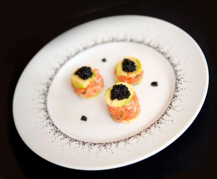 Tartare aux 2 saumons, avocat et caviar d'Aquitaine