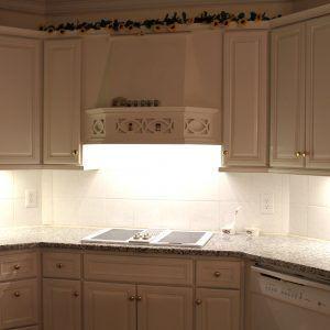 Best Under Cabinet Lighting For Kitchens #undercabinetkitchenlighting