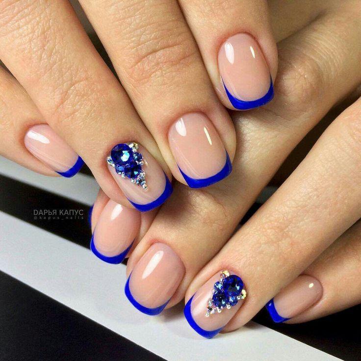 синий французский ногти фото кровати