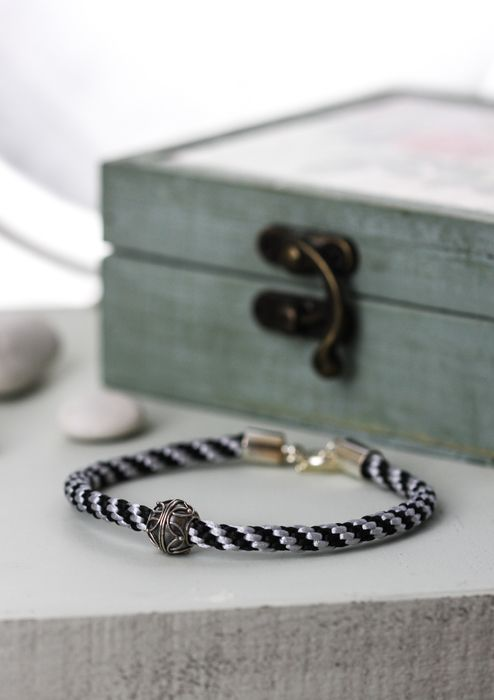 A kiss from Bali bracelet, £8.00