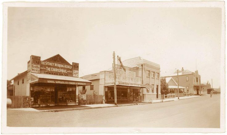 This photo above is of Jonson St (the main street in Byron Bay). We are not sure what year it is. You can see the Post Office in the distance which still stands today. The old Community Centre was a Literary Institute.