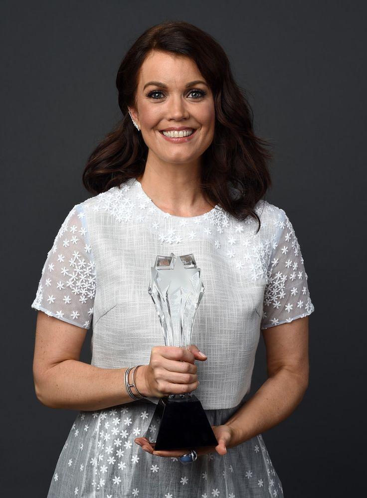 Bellamy young photos 4th annual critics choice television awards