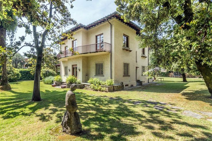 Unique villa with garden and dependance  Forte Dei Marmi, Lucca, Italy – Luxury Home For Sale