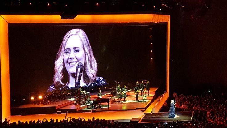 Concert d'Adele hier soir à Lisbonne. Que du bonheur, un très grand show !!!