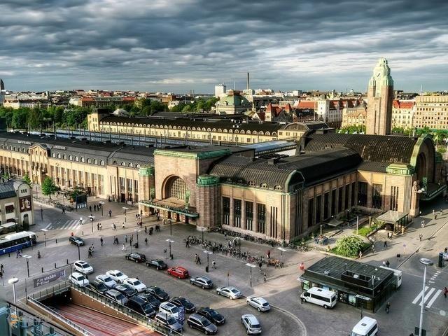 Центральный железнодорожный вокзал – #Финляндия #Уусимаа #Хельсинки (#FI_18) Общепризнанный памятник архитектуры в центре города Хельсинки http://ru.esosedi.org/FI/18/3076751/tsentralnyiy_zheleznodorozhnyiy_vokzal/