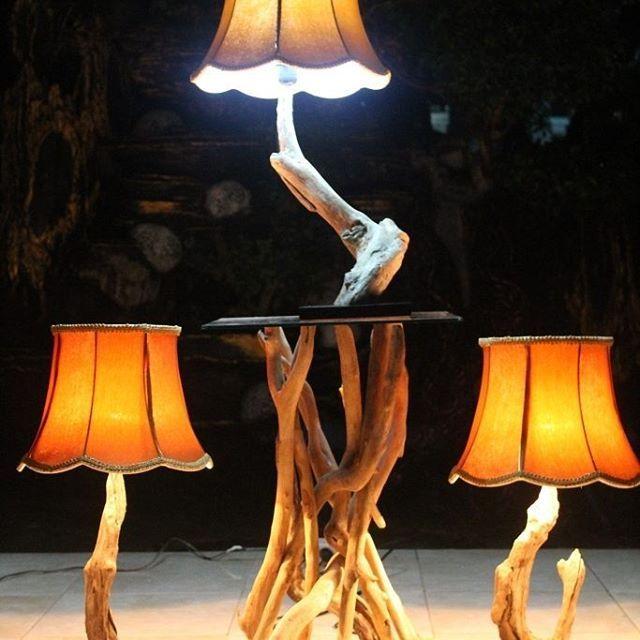 Lampu meja dari kayu laut,kayu yg terdampar dilaut,sudah halus naturan karena sudah melalui proses yg panjang. Untuk info pemesanan Pin : 59f9b4f1 Wa/hp : 082234821126 Line : canthink_lamp  #lampu #lampuhias #lampuunik #lampudekor #lampudekorasi #lampumeja #lampulantai #lampupojok #lampuminimalis #rustic #vintage #minimalis #kerajinan #kerajinankayu #kerajinanunik #kerajinanmalang #lampuhiasmalang #malang #wood #woodwork #woodworking #design #lighting #art #homedesign #deco