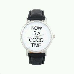 Reloj cuero mujer 2017 Los relojes para mujer son más tendencia que nunca. Para estar a la última moda no dudes en comprar una de estas maravillosas pulseras tendencia 2017 y los relojes que combi…