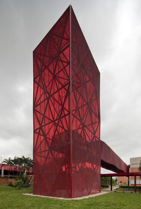 Exposição de Esculturas em Papelão por Toby Horrocks | maisArquitetura