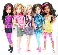 LIV DOLLS - there is 6 people jake(who's not in the picture) alexis, hayden, katie, sophie, and my favorite daniella!