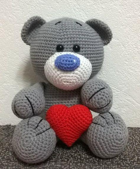 Вяжем очаровательного мишку с сердцем. Описание от группы В контакте Woolymood (https://vk.com/woolymood)