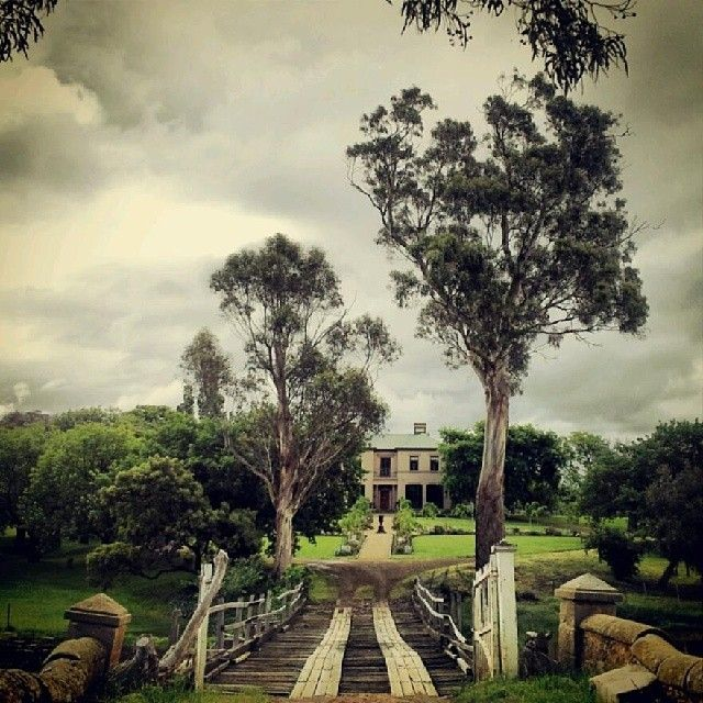 Prospect House in Richmond on a moody day, thanks to @redicgiggy. Prospect House was built with convict labour in the 1830s for J.K Buscombe, who ran the Richmond General Store. So much history and heritage to explore! #discovertasmania #tasmania #richmond #heritage #history