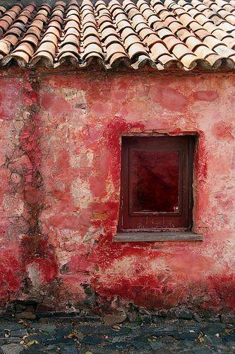 Red Adobe, Colonia del Sacramento, Uruguay