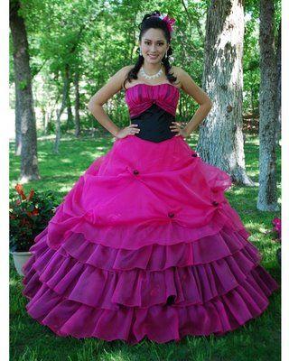 Foto de Vestido de 15 Años - Color Fucsia/Negro