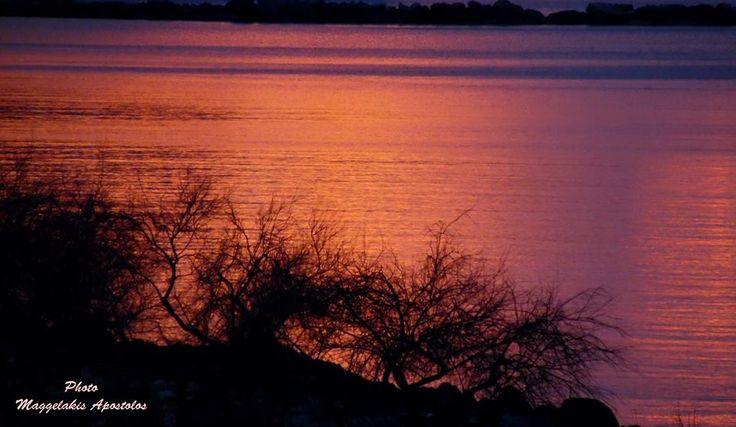 Ηλιοβασίλεμα στη Σάμο Sunset in Samos
