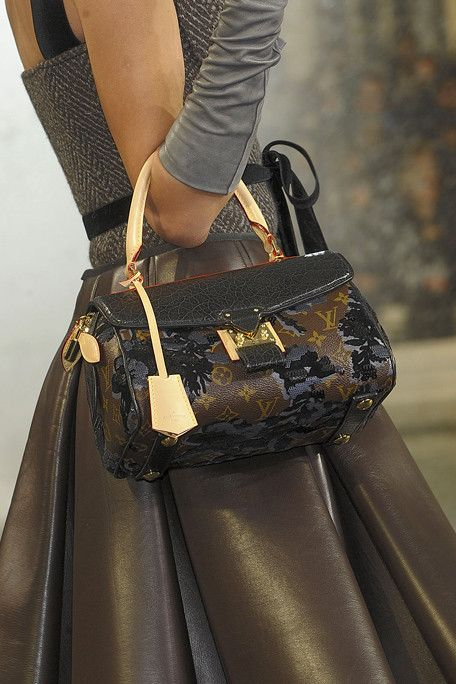 Louis Vuitton, Fall 2010
