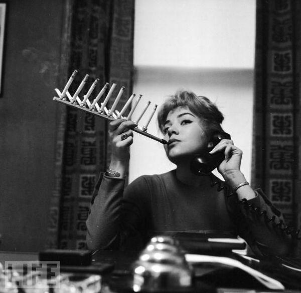 Crazy Inventions , cigarette pack holder