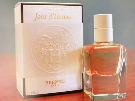 MY SCENT OF THE WEEK – JOUR D'HERMES is a luminous, sensual and floral scent created by perfumer Jean-Claude Ellena. An easy-to-wear elegance and gorgeously joyful. Find out how it can be yours on my blog ~ beautybelle.co.za