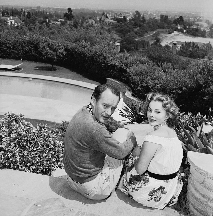 Zsa Zsa Gabor (her 3rd marriage) married George Henry Sanders (his 2 marriage)  (Zsa Zsa and Sanders 1949-1954 divorced) ~~~ Sanders (his 4th marriage) married Magda Gabor (her 5th marriage) - Magda was the elder sister of his 2nd wife - on 4 December 1970, this marriage lasted only 6 weeks (Magda and Sanders 1970-1971 annulled). Sanders was born 3 July 1906 and died 25 April 1972.