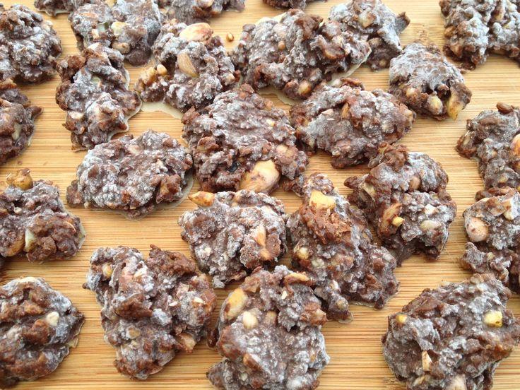Hazelnoot chocolade rotsjes