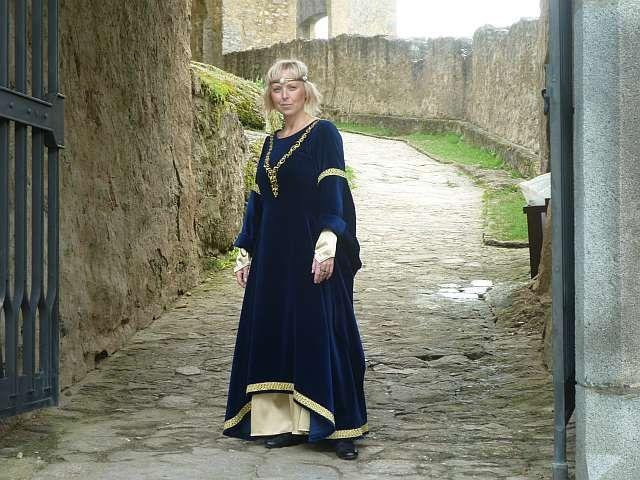 Dobové kostýmy dámy - Šaty - Historické kostýmy