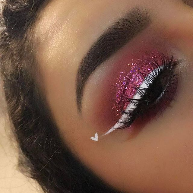 """another valentine's day look  - - @anastasiabeverlyhills @norvina dip brow pomade """"dark brown"""" @morphebrushes to blend, 35o palette & 35B palette @nyxcosmetics white matte liner @bulkglitters @superglitters """"pink tastic"""" -"""