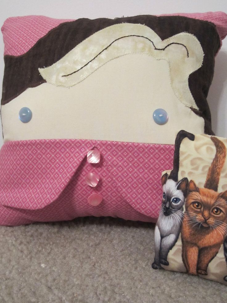 Animal Reading Pillows : 100 best images about friendly pillow pals on Pinterest Toys, Ice cream sandwiches and Plush
