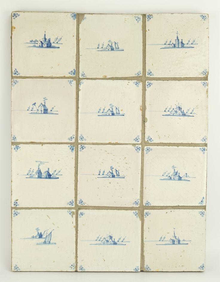 Een plaat met 12 blauwwit aardewerk tegels met afbeeldingen van huisjes en scheepjes, Holland, 17/18e eeuw