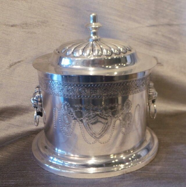 Regency style ice bucket