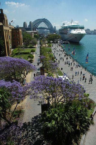Click here for information on this Sydney Circular Quay photo. You can buy handmade greeting cards with this photo for just $4.50 delivered. www.theshortcollection.com.au/Sydney