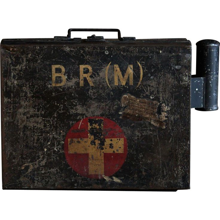 Vintage 1940s large English BR(M) First Aid box replete with original contents. This is a heavy British Rail Midlands First Aid box, filled with an