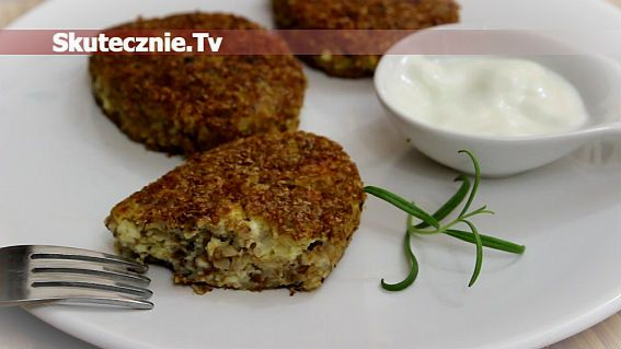 Quark, barley & onion cutlets