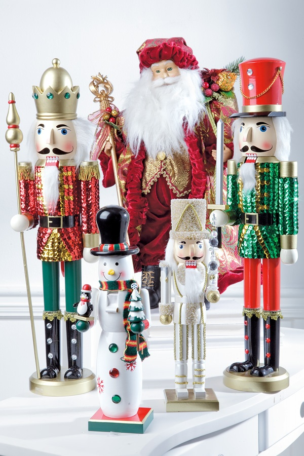50 best Nutcracker displays images on Pinterest | Nutcracker ...